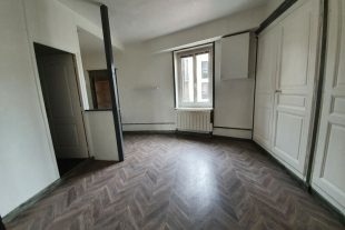 APPARTEMENT T2 BIS CENTRE VILLE 1ER ETAGE